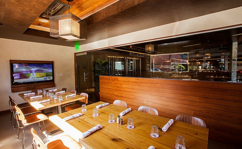 Seafood restaurant in Los Angeles, CA with flush mounted WD-Series heaters.