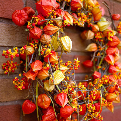 chinese_lanterns_wreath
