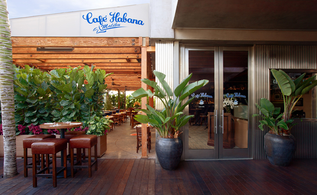 cafe_habana_exterior_featured