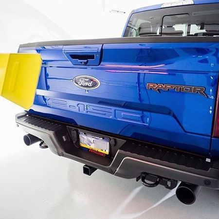 Our SRU-1615 medium wave system in action curing a Ford Raptor.