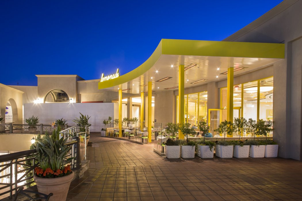 Lemonade at Fashion Island, Newport specified eight Infratech WD-Series heaters for comfortable year-round outdoor dining.