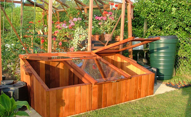 diy_greenhouse